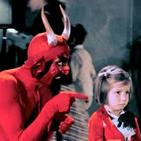 Diabo Santa Claus vs. The Devil
